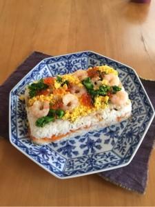 ケーキ風 春のちらし寿司